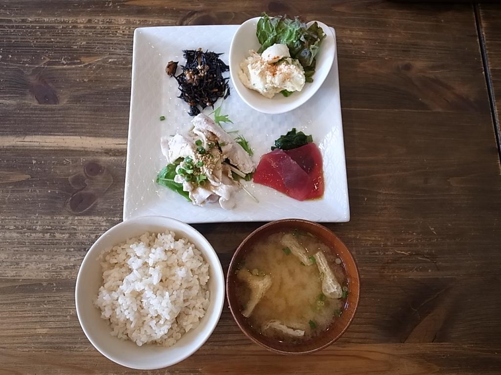Breakfast YAMASYOKUDOU