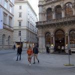 歩きでもOKです。ウィーンの市内散策その1 #vienna